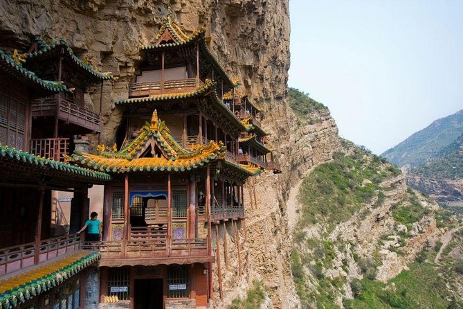 2-Day Datong Yungang Grottoes & Hanging Temple Private Tour