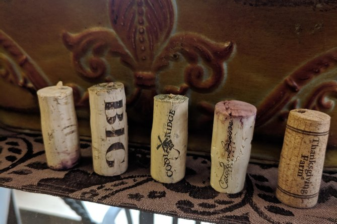 How cute are these wine corks?