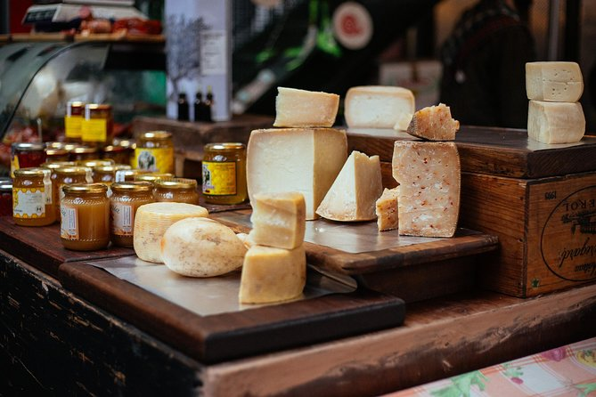 Withlocals The 10 Tastings: London Private Food Tour