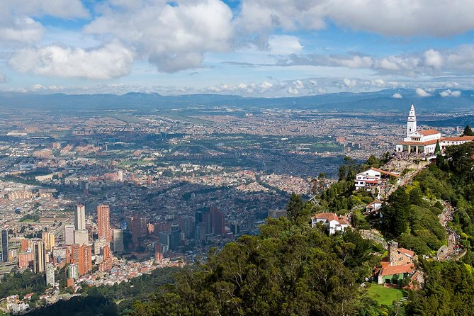 Full 8-hour private city tour of Bogotá