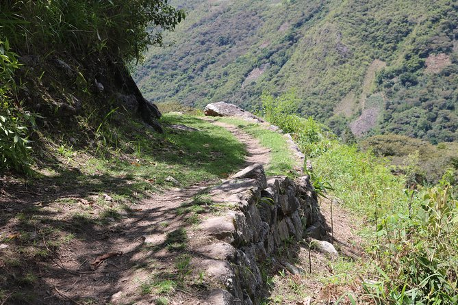 Machu Picchu Hike by Llactapata Inca Trail 2 Days photo 3