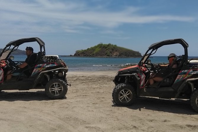 Beach-mountain & Sloth Refuge Buggy Tour