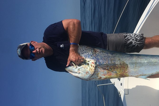 Pacifictime Sports Fishing in Cabos with Free Transportation