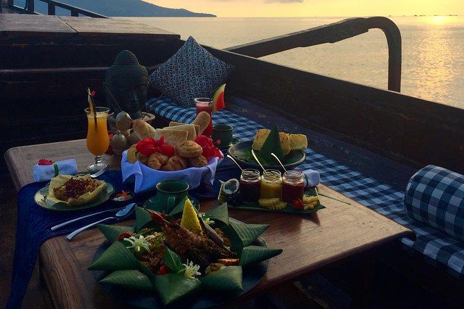 Romantic Sunrise Picnic Breakfast
