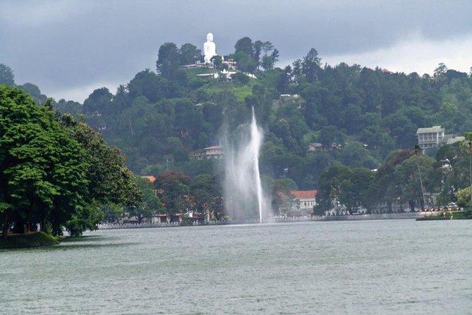 Kandy, Ape Gama, Nuwara Eliya & Water Rafting 2 Days Tour All inclusive