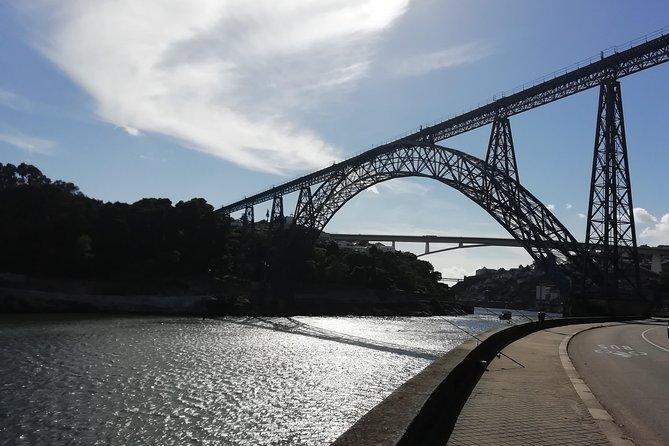 Transfer Porto / Lisboa or Lisboa / Porto with Tour