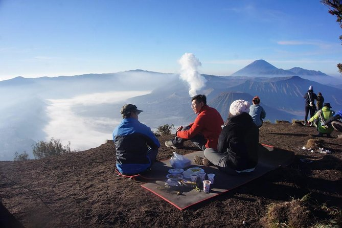Ijen Crater - Bromo Tour Start From Banyuwangi (2D1N)