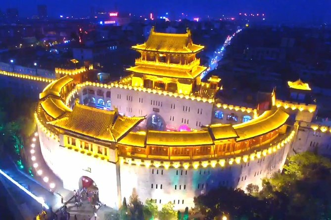 Private Night Tour of Luoyang Ancient Culture Street and Luoyi Old Town with Light Show