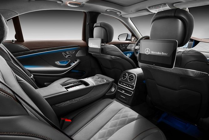 London Airport Transfer : London City to Gatwick Airport LGW in Luxury Car