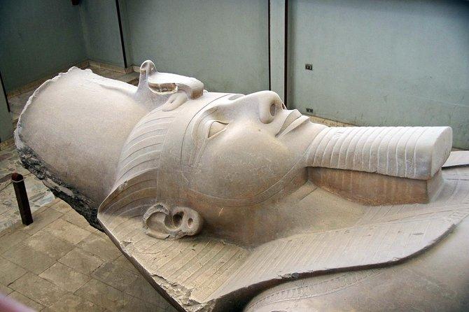 Private pyramids tour to Giza pyramids Sphinx Dahshur Sakkara & Memphis