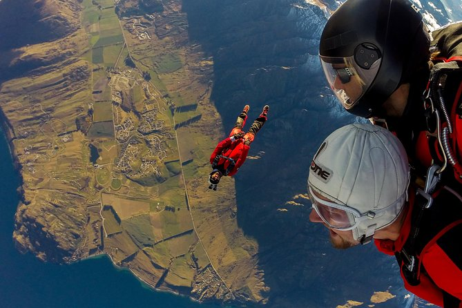 NZONE Skydive - 9000ft