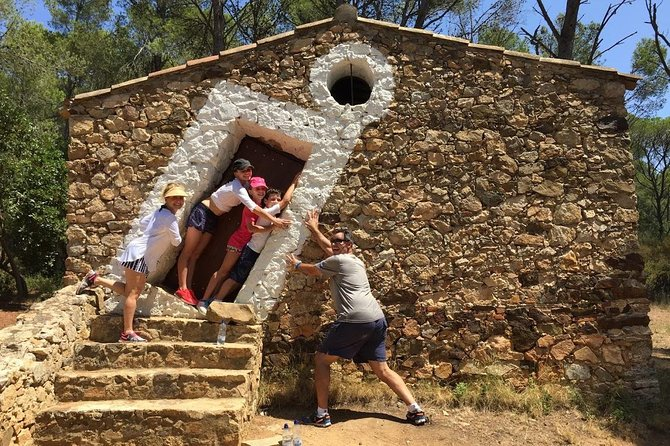 Private Hiking in Costa Brava to discover hidden bays and medieval villages