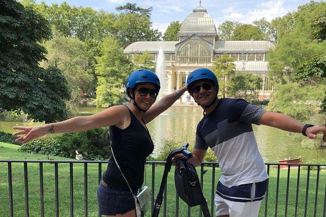 Gå over den berømte Retiro park i segway