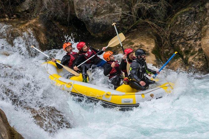 Whitewater rafting   Montanejos