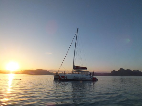 Sunset Catamaran Cruise: Île aux Aigrettes