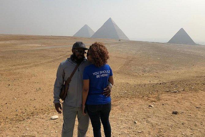 Full Day Tour: Giza pyramids and Egyptian Museum and Khan Khalili Bazaar