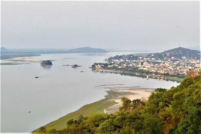 Guwahati Day Tour with Assamese Lunch and Sunset River Cruise