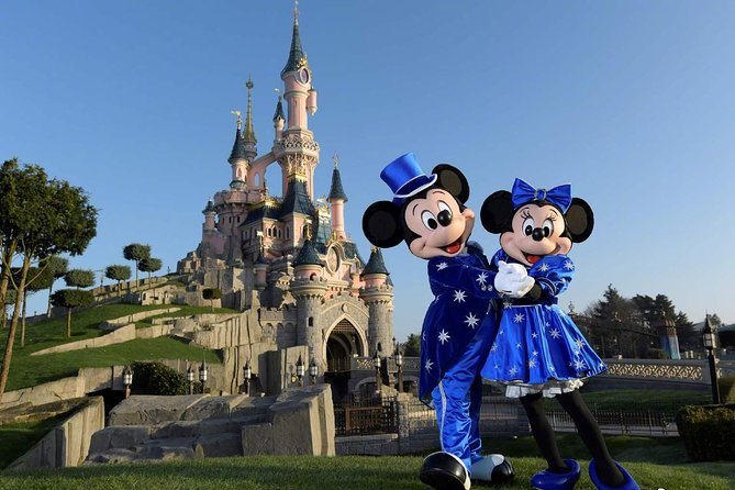 Private Airport Transfer - Disneyland to Paris Charles de Gaulle (CDG) Airport