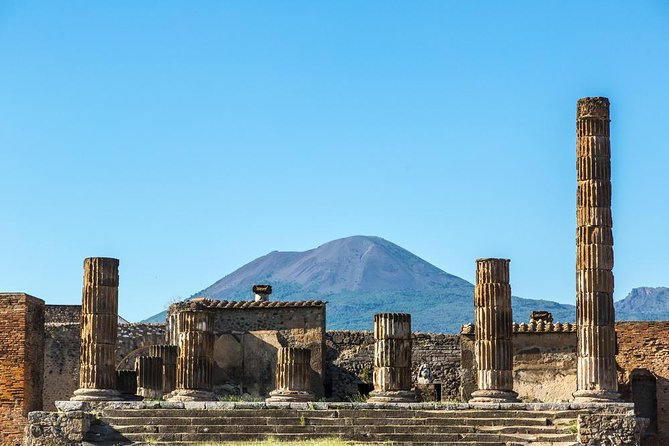 Naples Shore Excursion: the Amalfi coast and Pompeii with skip the line tickets