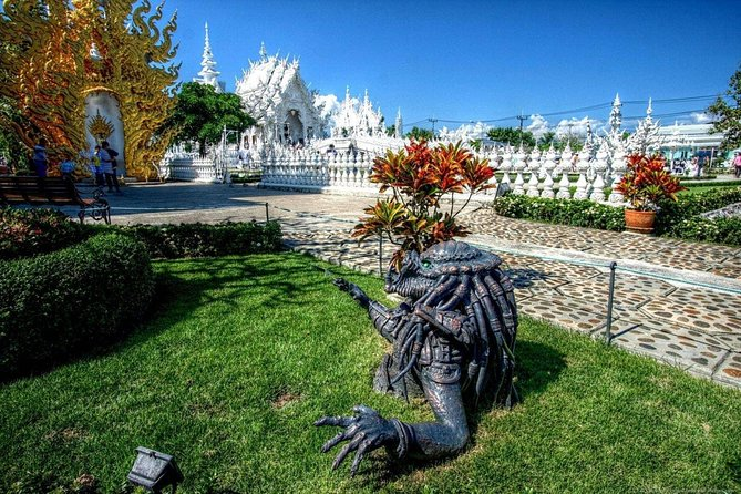 Half Day Chiang Rai City Tour with White Temple & Wat Phra Kaew photo 9