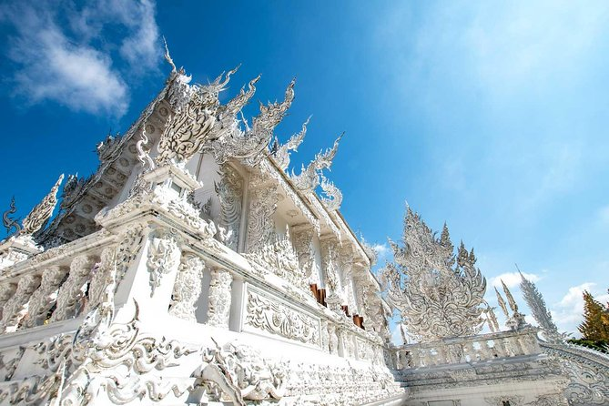 Half Day Chiang Rai City Tour with White Temple & Wat Phra Kaew photo 7