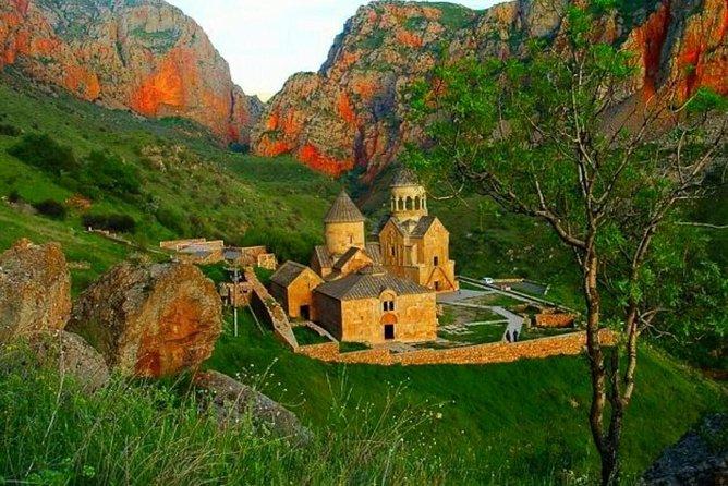 Private tour: Echmiadzin (st Cathedral), Zvartnots, Khor Virap, Areni, Noravank