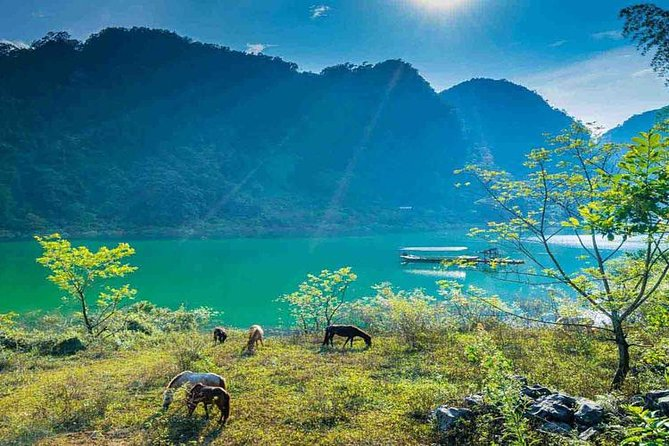 2 Day Tour Ba Be Lake from Hanoi: Trekking, Boat trip, Homestay, Cave, Waterfall