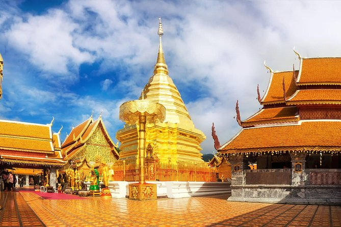 Private Chiang Mai City Tour with Wat Doi Suthep, Wat Suan Dok & Lunch