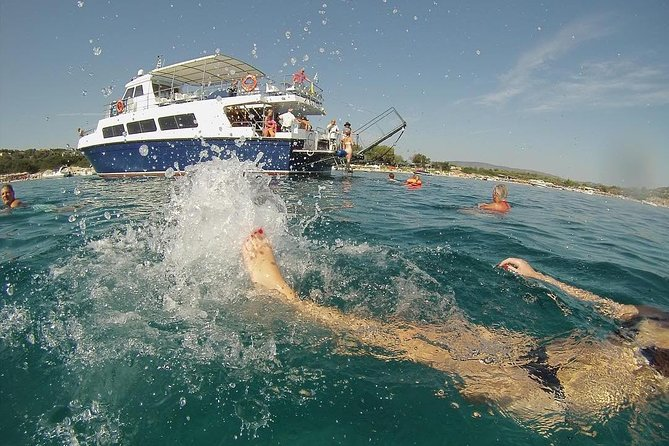 """Blue Lagoon"" Cruise for swimming & barbecue from Ouranoupolis photo 1"
