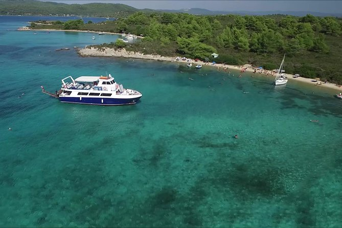 """Blue Lagoon"" Cruise for swimming & barbecue from Ouranoupolis photo 2"