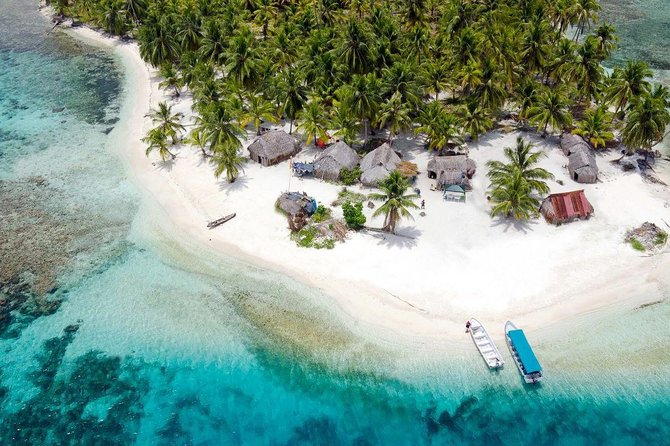 2D/1N Private Cabin in San Blas Islands INCLUDING Island Day Tour + Transport