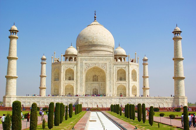 Private tour : Sunrise Taj Mahal & agra fort tours by car (Delhi- Agra - Delhi)