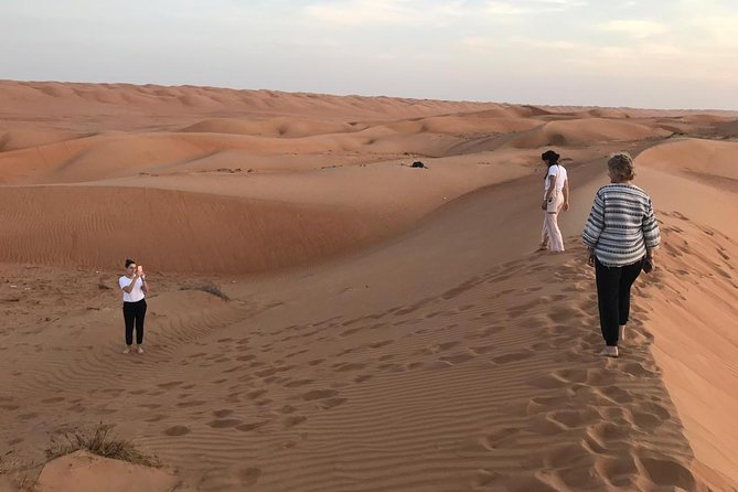Private Day Trip To Wahiba Sands & Wadi Bani Khalid, Price Up To 5 Person