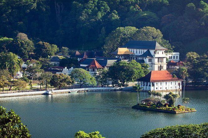 Private Kandy Day Tour by Car from Negombo photo 2