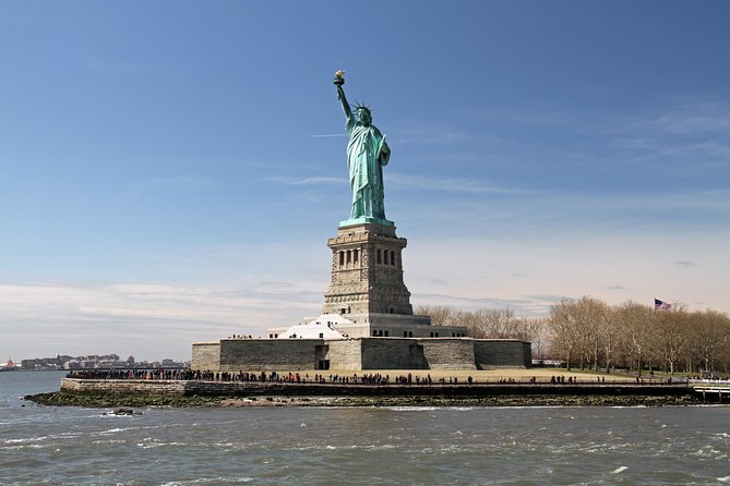 Skip the Line Statue of Liberty Express Optional Pedestal Ticket
