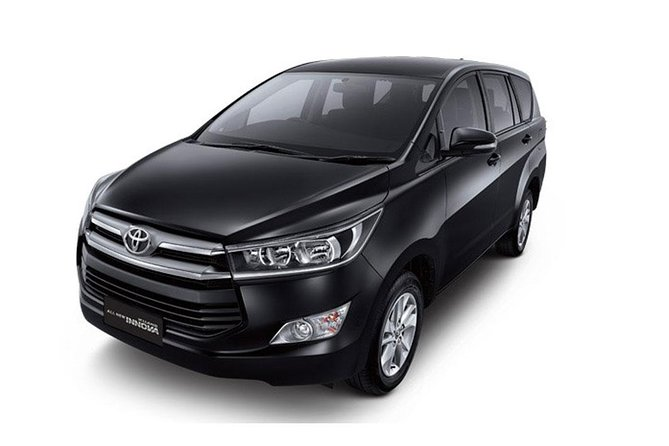 Bali Car Charter - Toyota Innova Reborn : Go as your own trip to Ubud