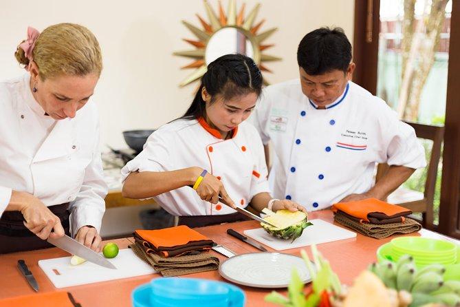 Half-Day Thai cooking class and market tour in Koh Samui photo 9
