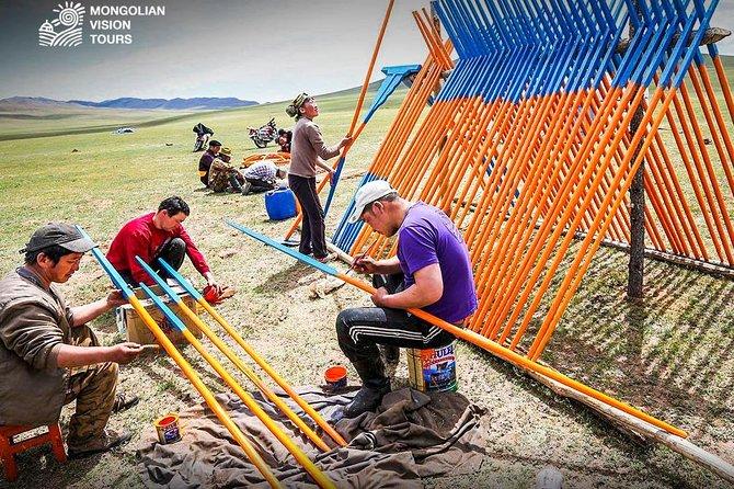3 days Semi Gobi Desert and Chinggis Khaan Statue