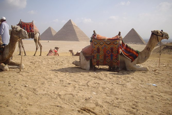 Half-Day Private tour to Pyramids of Giza and Sphinx photo 7