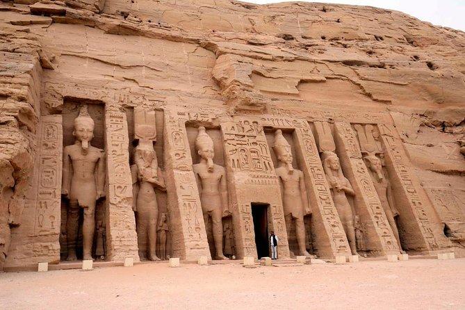 Abu Simbel by Car