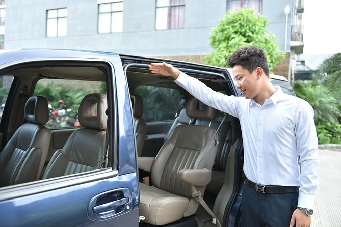 Private Departure Transfer: Hotel to Chengdu International Airport (CTU)