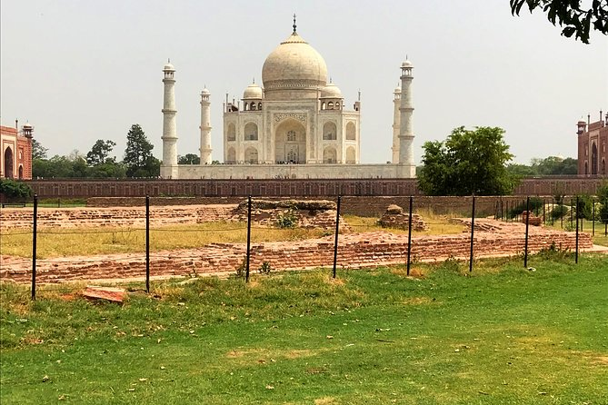 Private Sunrise Taj Mahal Same Day Tour From Delhi By Car