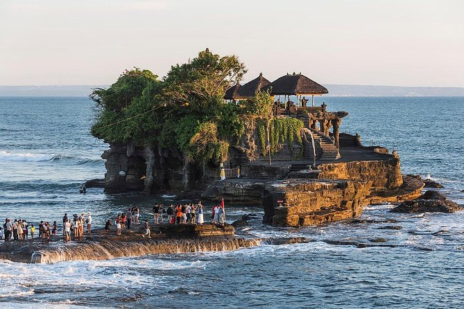 Mesmerizing Jatiluwih & Tanah Lot Exotic Sunset