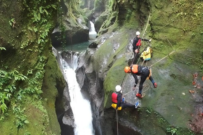 Waterfall Rappel Advanced