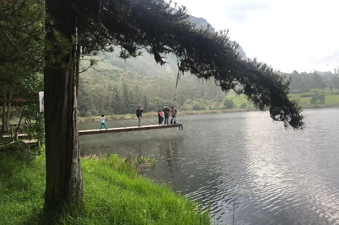 Day Tour from Cuenca to Giron Waterfall and Busa Lake
