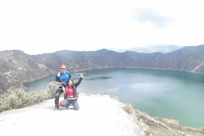 Vuelta al Cratér Volcán Quilotoa 11 Km Trekking. Tour Privado. Max 5 personas