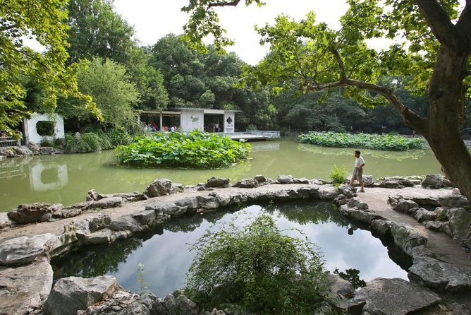 Private Full Day Tour: Shanghai Natural Sites and Beauty Tour