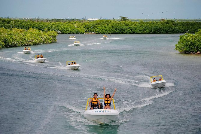 Amazing SpeedBoat Tour in Cancun with Snorkel Experience and Sightseeing
