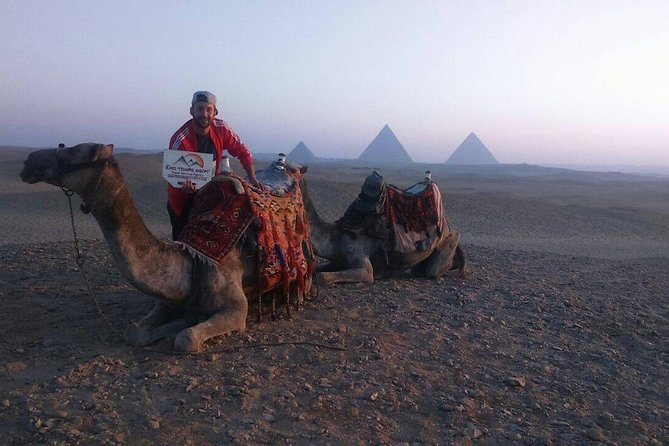 Private Camel ride trip at Giza Pyramids During Sunrise or Sunset