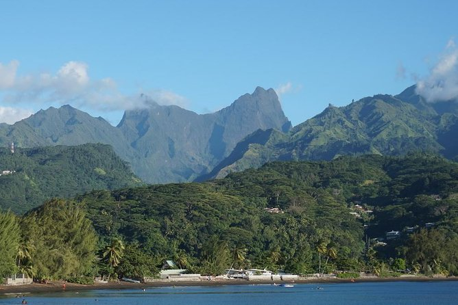 Amazing attractions of Tahiti charming island – Private half day circle tour